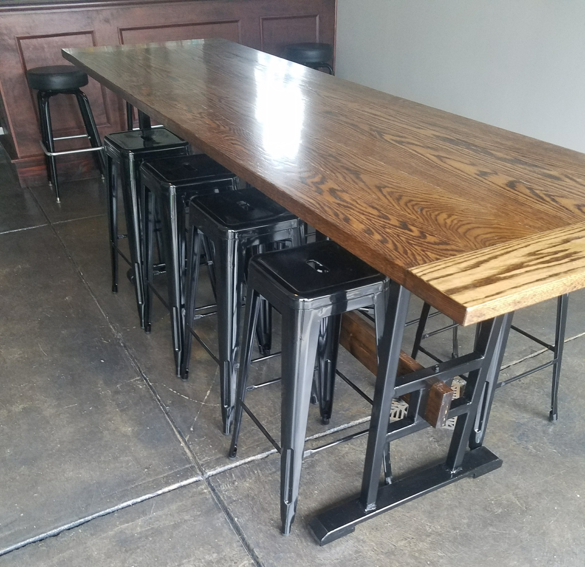 Building an Industrial (sized) Bar Table